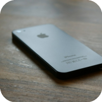 Leaked Video Claims To Show a Black 'iPhone 5'